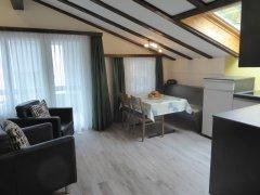 2-ZW-Ess-Wohnzimmer.JPG