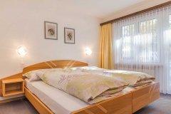 3-ZW-Schlafzimmer-Ost.jpg